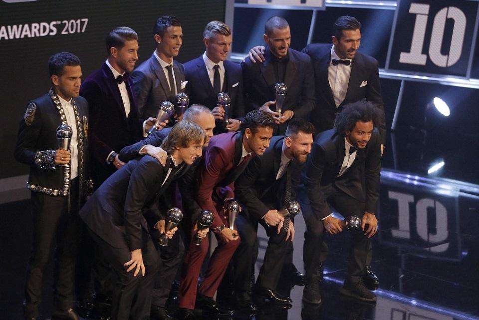 ФИФА  Петмина од Реал во тимот на годината