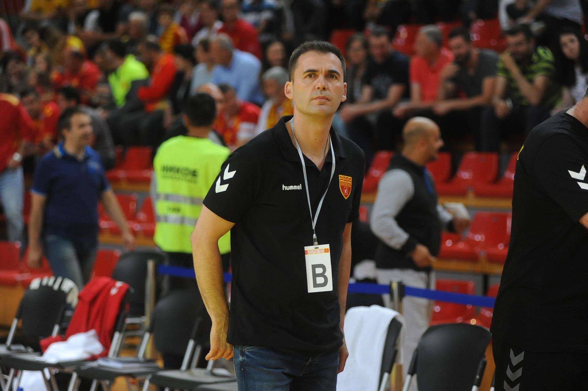 Раул Гонзалес ја собра репрезентацијата за ЕХФ неделата