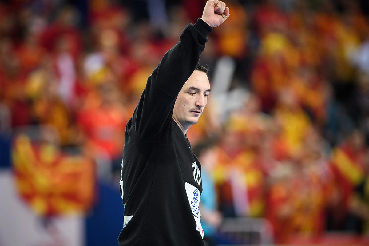 Ристовски  Шпанија не приземји