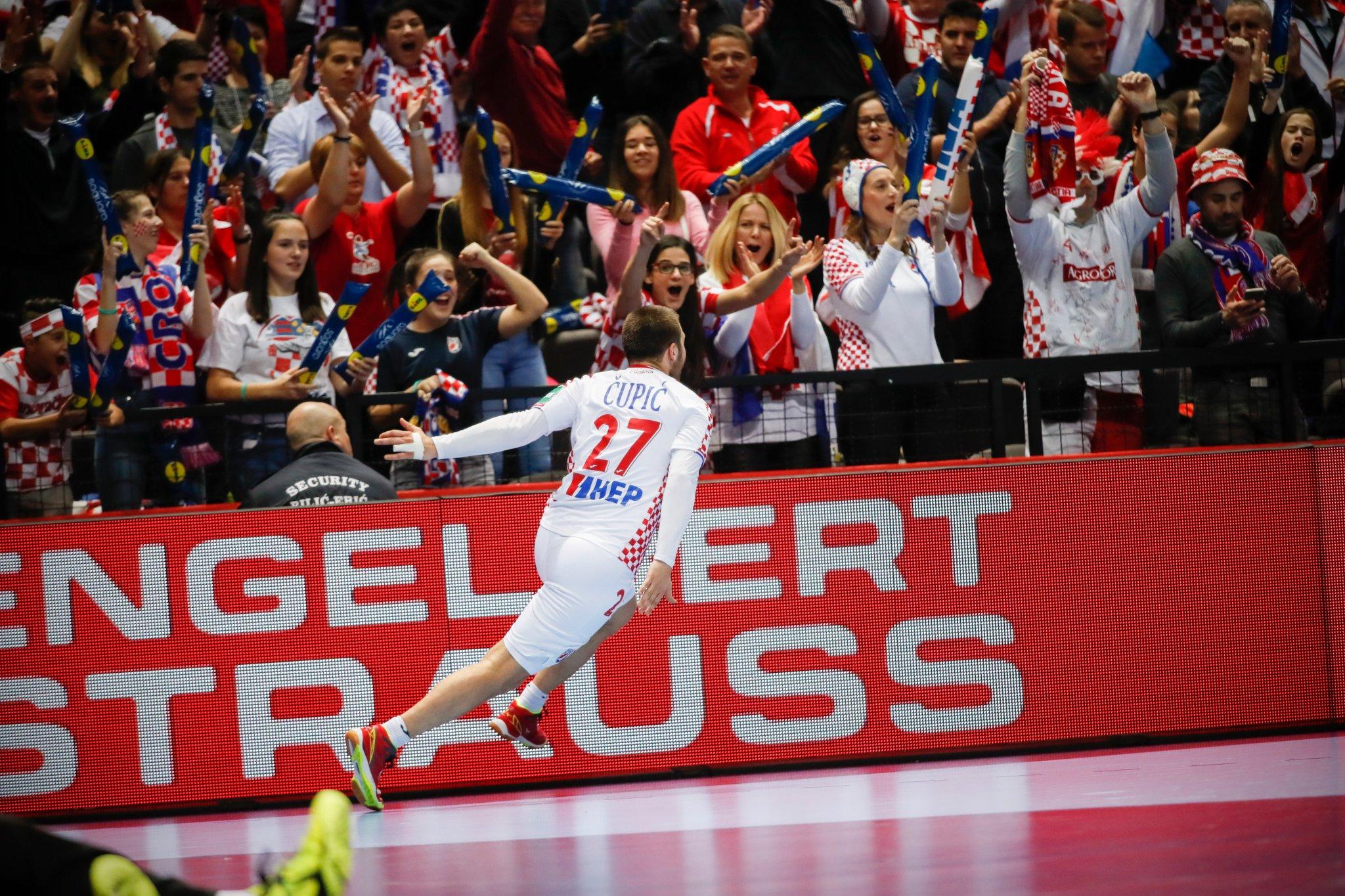 Хрватите со втора убедлива победа
