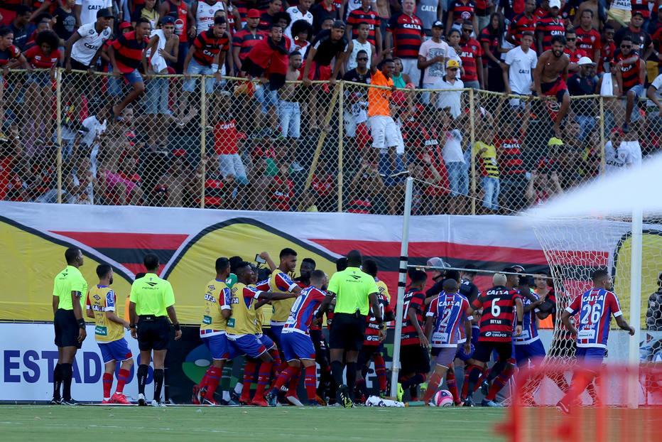 Бразил  Општа тепачка и девет црвени картони